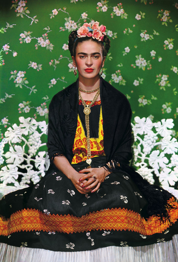 2019_Frida_Kahlo_Appearances_Can_Be_Deceiving_NMuray_Frida_Kahlo_Bench_1357w_600_884