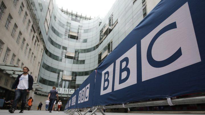Lavrov sobre el tuit del productor de la BBC: «Occidente sabía desde el principio sobre las simulaciones de un ataque químico en Siria»