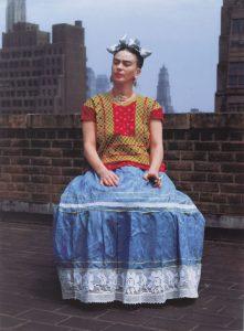 En el Brooklyn Museum se exhibe a Frida Kahlo: Las apariencias pueden ser engañosas