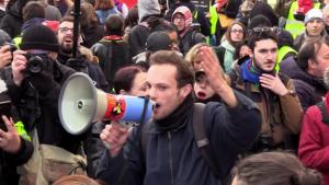 Frankreich: Tausende marschieren beim Gewerkschaftsstreik durch Paris