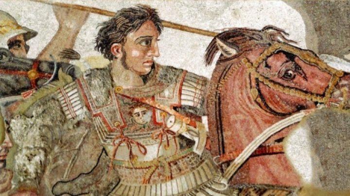 Nuevo estudio plantea una explicación espeluznante a la extraña muerte de Alejandro Magno