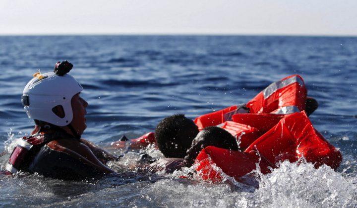 Migranti: 65 mila firme contro la criminalizzazione