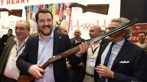 """Comitato Direttiva 477: cifre, nomi e collegamenti politici della """"lobby delle armi italiana"""""""