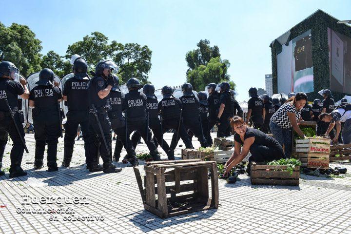 Buenos Aires: Hambre y palos. Represión a lxs trabajadorxs de la tierra
