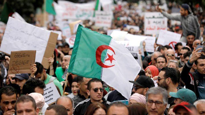 La juventud argelina pide avanzar: Claves para entender qué está pasando en Argelia
