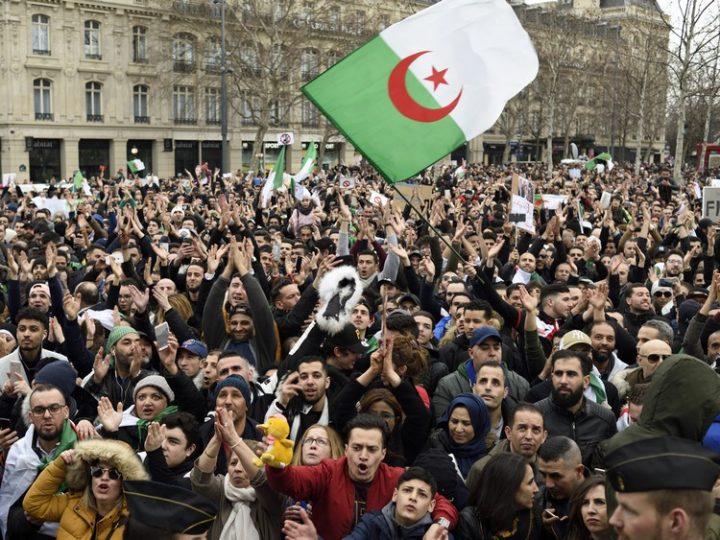 Στοπ! στην καταστολή του Αλγερινού λαού – σεβασμός στα Ανθρώπινα Δικαιώματα