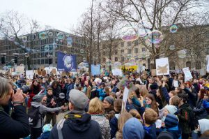 Fridays the for Future: 25000 demonstrate in Berlin with Greta Thunberg