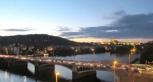 Praga celebra 20 anni nella NATO: è la direzione giusta?