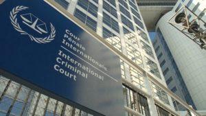 Unión Estadounidense para las Libertades Civiles: EE.UU. se comporta como un régimen autoritario al prohibirles a los funcionarios de la Corte Penal Internacional que investiguen crímenes de guerra