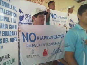 Emergencia y movilización por intento de privatizar el agua en El Salvador