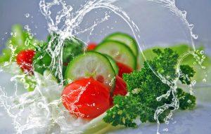Brasileiros não sabem quais agrotóxicos estão na água que consomem
