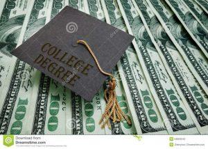 Entre Amigos:  El sistema educativo que oprime a los estudiantes
