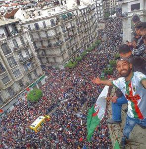 Golpe de estado en Argelia: ¡Bouteflika cancela las elecciones del 18 de abril!