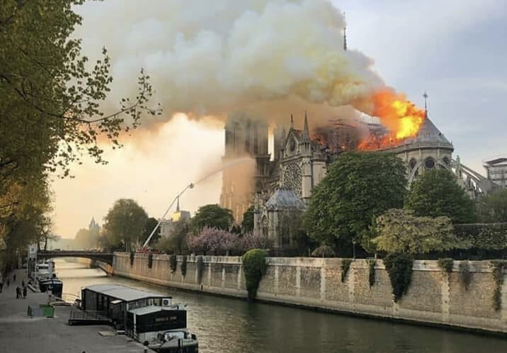 Simultaneous Notre Dame Cathedral and Al-Aqsa Mosque fires