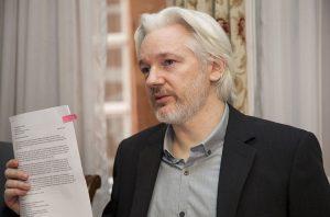 Milano: presidio per la libertà di Assange il 12 aprile
