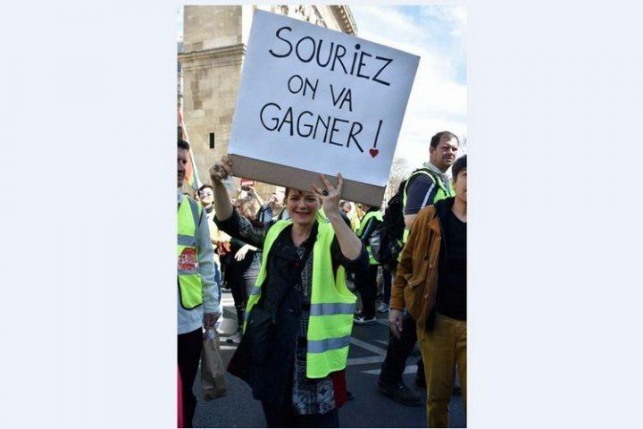 [Chalecos Amarillos] Después de la manifestación del Acto 20 (Reportaje fotográfico), segunda asamblea en Saint-Nazaire