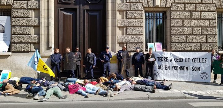 [Extinction Rebellion France] Action nonviolente de soutien au monde paysan