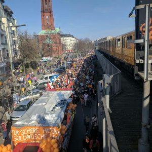 Porti sicuri: le città sfidano l'UE ad accogliere i migranti