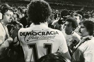 La Torcida del Corinthians di nuovo in campo per la democrazia
