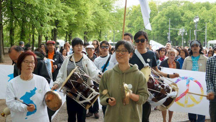 Menschenkette Korea Weltfrieden7