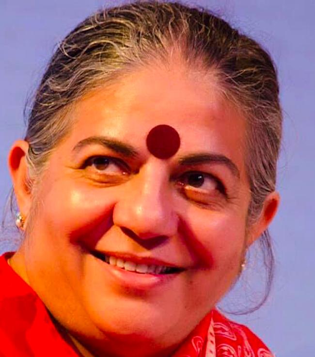 Giovedì 2 maggio Vandana Shiva interviene alla Mostra Vetrine di Libertà