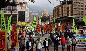 Movimentos sociais iniciam paralisação nacional na Colômbia em rechaço a medidas de Duque