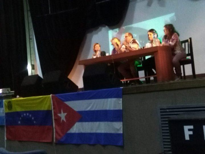 Emocionante Acto de Solidaridad con Venezuela y Cuba en Córdoba