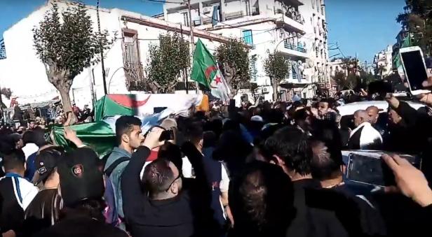 Algeria. La morte del leader del FIS rimette sul tavolo la questione dell'Islam politico