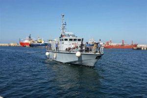 Il governo francese ha donato sei navi alla Libia: otto Ong chiedono a un tribunale di bloccare la consegna