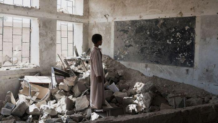 Trump veta resolución del Congreso y continúa respaldo a la guerra en Yemen