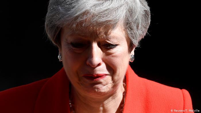 Theresa May: despedida entre lágrimas