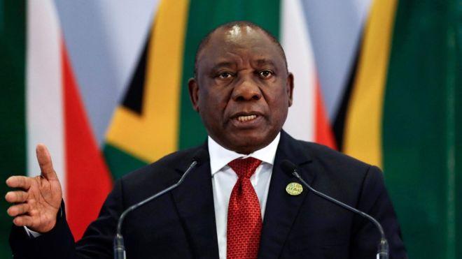 Sudafrica: metà dei ministri del nuovo governo sono donne