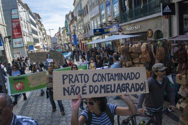 Ativistas protestam contra Monsanto em Portugal