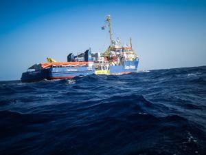 Sea-Watch torna in mare dopo il blocco pretestuoso dell'Olanda e denuncia gli assetti aerei UE per facilitare i respingimenti