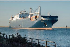 Il cargo saudita Bahri Tabuk a Cagliari: ha caricato armi?
