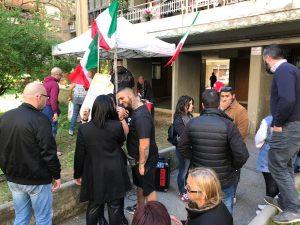 """Aggressione ai rom, l'Unione inquilini: """"Perché gli xenofobi agiscono indisturbati?"""""""
