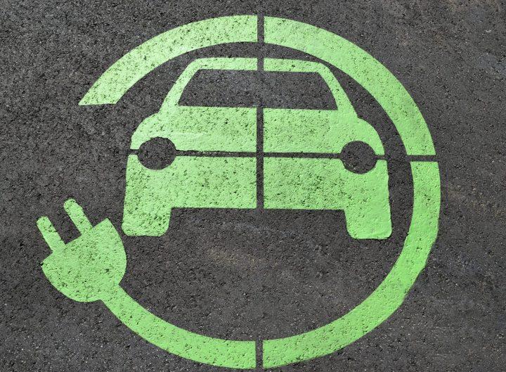 Auto eléctrico, impacto ambiental, caso italiano