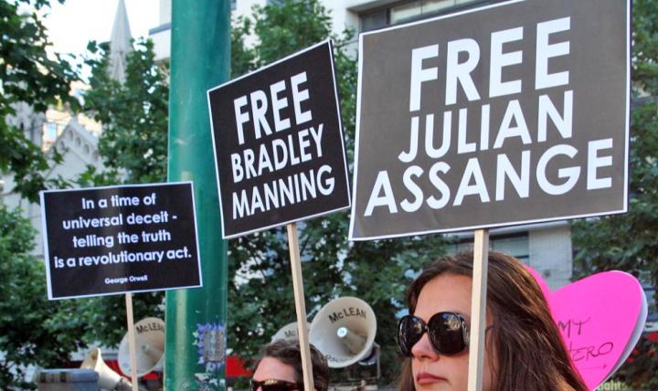 EUA denunciam Assange por 'espionagem' e apresentam 17 novas acusações contra fundador do WikiLeaks