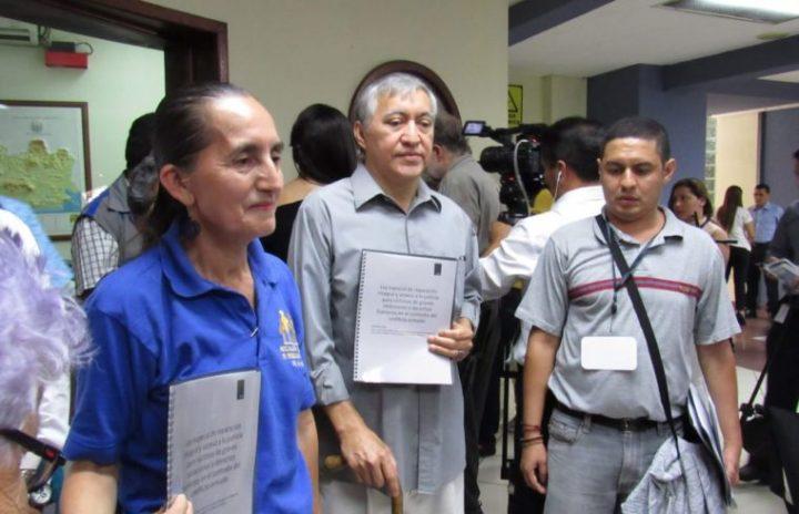 """Ley de Reconciliación Nacional en El Salvador: Una ley """"para las víctimas"""", no """"para los victimarios"""""""