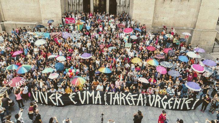 Campañas: Arte por la Democracia y el Amor Vencerá al odio
