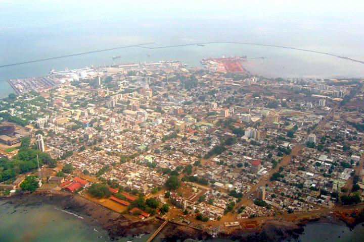 La construction anarchique à Conakry : la crainte des citoyens à l'approche des fortes pluies