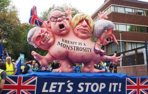 Reino Unido se revela: El que niega el cambio climático hace grandes donaciones a Boris Johnson y Jeremy Hunt.