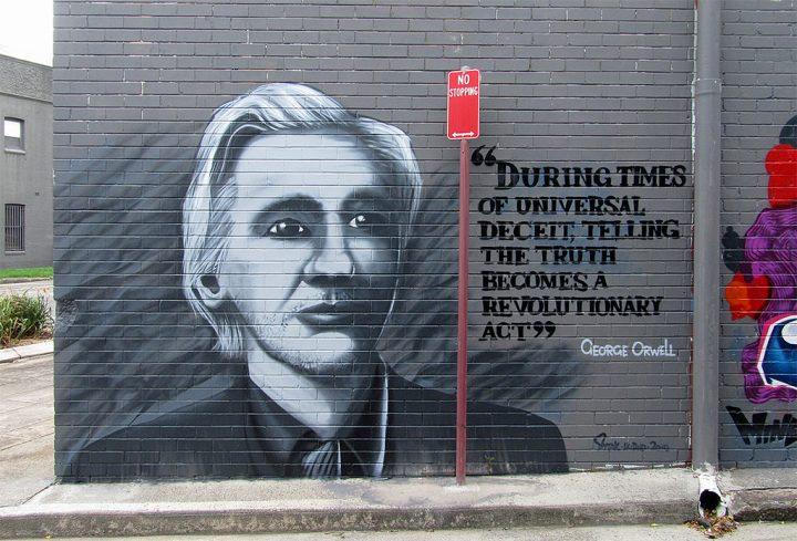 Julian Assange e quelle informazioni che possono cambiare il mondo
