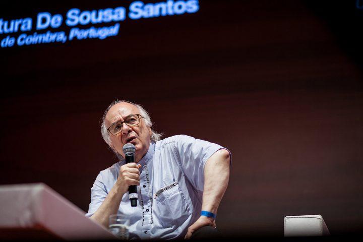 Boaventura: 'Não há ninguém hoje no sistema judiciário internacional que ponha Moro como exemplo'