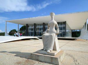STF decide pela manutenção da prisão de Lula