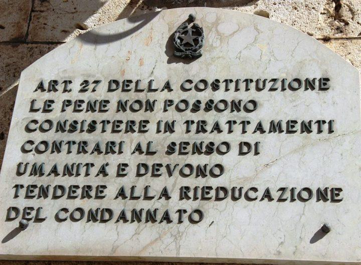 Per gli ergastolani (e i detenuti) la nostra Carta Costituzionale è cartastraccia