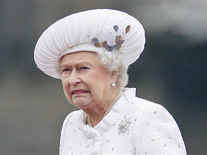 Bolsonaro não é a Rainha da Inglaterra, mas também não pode fazer tudo o que quiser!