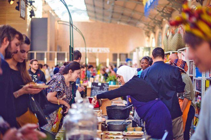 Restaurantes franceses abrem suas cozinhas para chefs refugiados