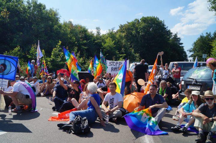 """Stopp Ramstein: Taktische """"Gutgläubigkeit"""" von Politik und Behörden"""