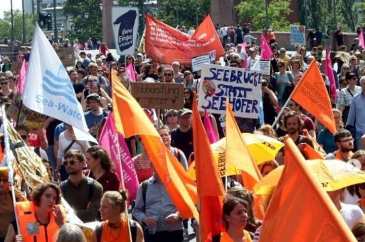 Germania, raccolti 1 milione di euro per la Sea Watch. Sabato 6 luglio manifestazione a Berlino #FreeCarola